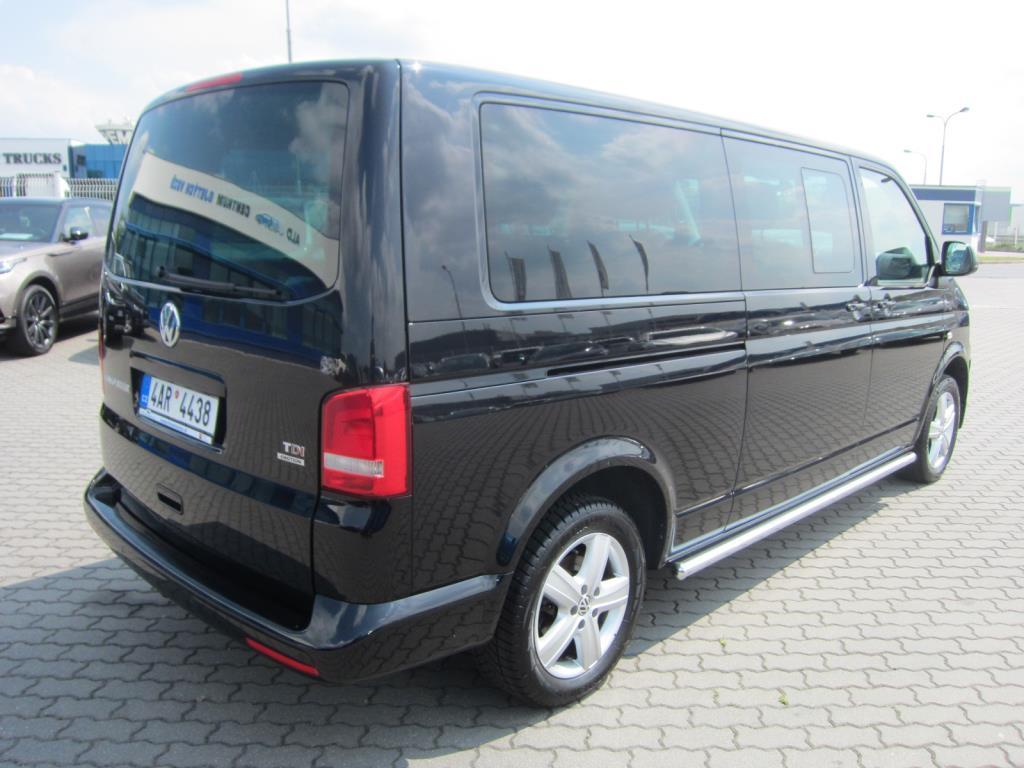 Volkswagen Multivan, 2015 - pohled č. 4