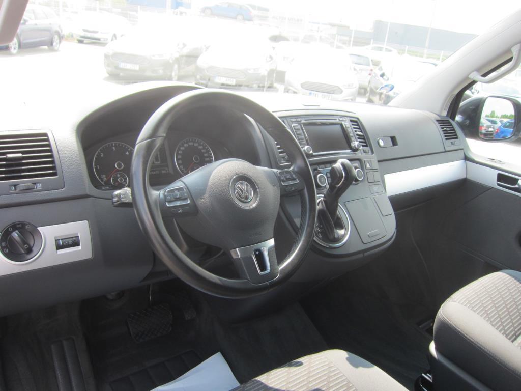Volkswagen Multivan, 2015 - pohled č. 5