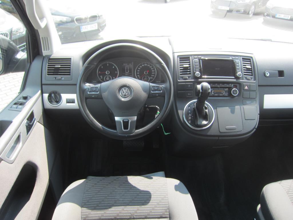 Volkswagen Multivan, 2015 - pohled č. 6